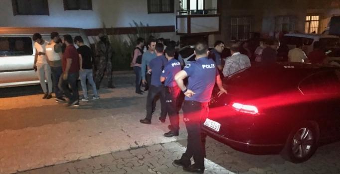 Ataşehir'de sokakta 2 adet el bombası bulundu
