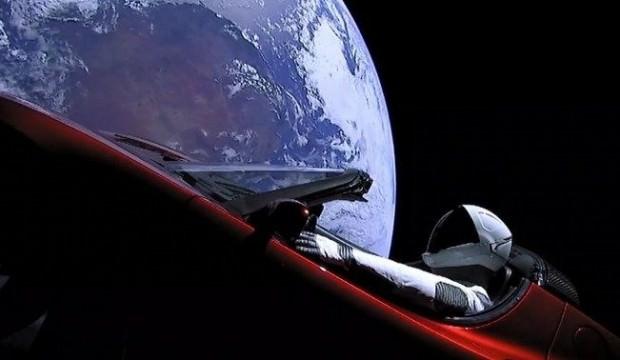 Dahi çocuk Elon Musk'ı kızdıracak haber!