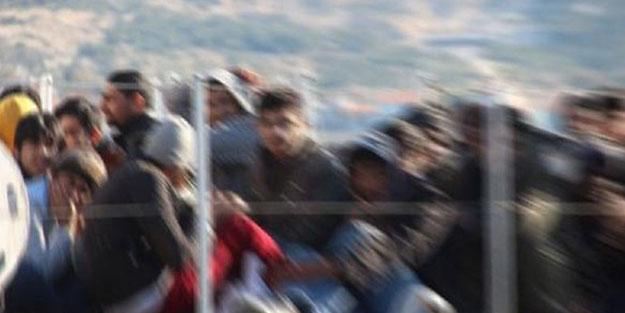 Devriye görevine çıkan hudut askerleri 160 düzensiz göçmen yakaladı