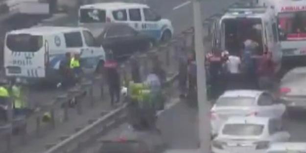 E-5'te motorlu polisler kaza yaptı!