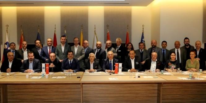 """""""Balkan ülkeleriyle bağlarımızı güçlendirmeliyiz"""""""