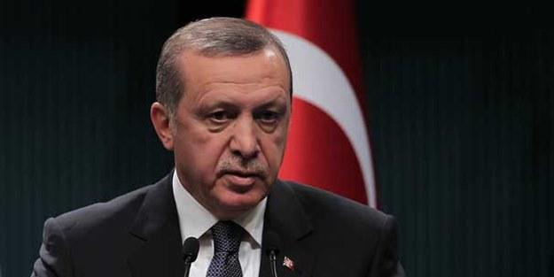Erdoğan elini masaya vurarak söyledi: Kimse bize karışamaz