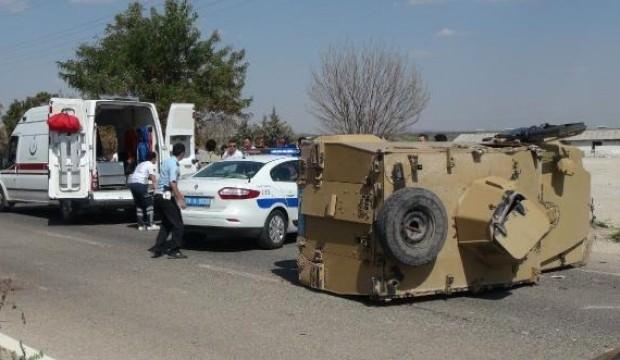Kilis'te zırhlı araç kaza yaptı! Yaralı polisler var