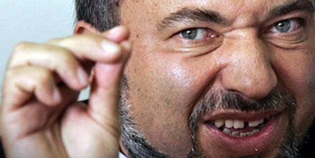 Liberman'dan Rusya açıklaması: İzin vermeyeceğiz!