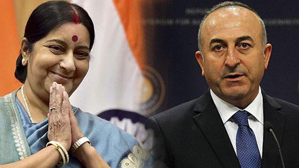 Mevlüt Çavuşoğlu, Sushma Swaraj ile telefonda görüştü