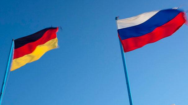 Rusya ve Almanya'dan Suriye mesajı
