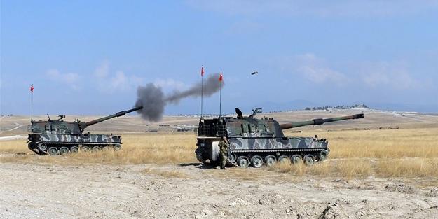 Türk topçuları Afrin'i vuruyor