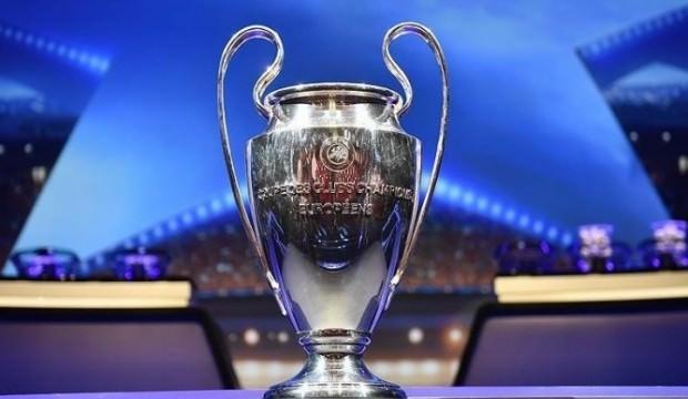 UEFA, Galatasaray'ı Şampiyonlar Ligi listesine aldı!