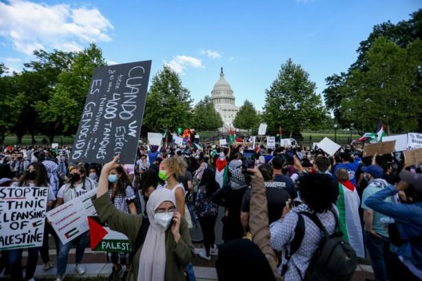 ABD'de binlerce kişi Filistin için sokağa döküldü