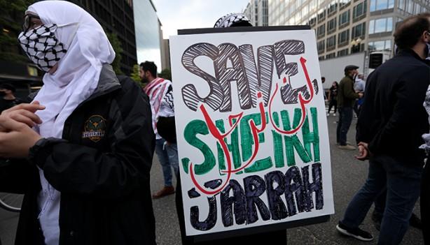 Foto - Beyaz Saray önünde de ABD ve işgalci İsrail aleyhine sloganlar atan kalabalık, gösteri düzenledi.