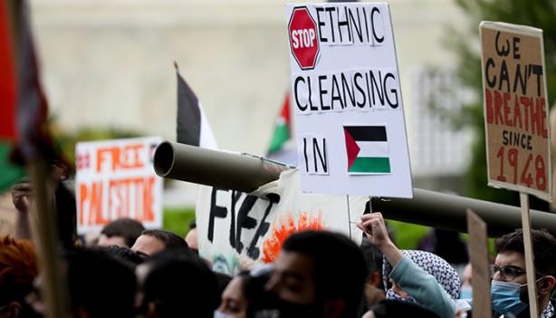 Foto - AA'nın aktardığı habere göre, ABD Dışişleri Bakanlığı önünde yüzlerce kişi Filistin'e destek gösterisi için toplandı.