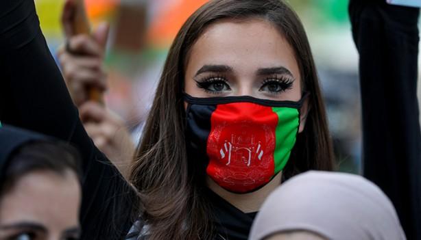 Foto - Dışişleri Bakanlığı önünde başlayan yürüyüş, Beyaz Saray önüne taşındı.