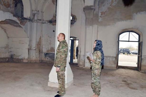 Aliyev ve eşi öyle bir şey yaptı ki... Ermenistan'ı kudurtan görüntüler