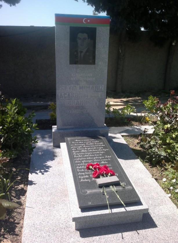 Foto - 45 Ermeni asker ve subayını öldürdü. Ermeni destek kuvvetleri ile 5 saat, Ermeni silah ve mühimmatını kullanarak çarpıştı ve sabaha karşı hayatını kaybetti.
