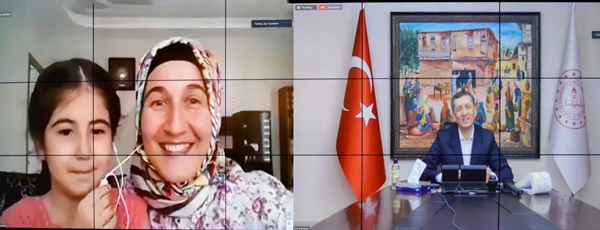 Foto - Kızıltepe ilçesinde öğretmenlik yapan İsmail Bozdağ ise uzaktan eğitimle ilgili düşüncelerini şu sözlerle anlattı: