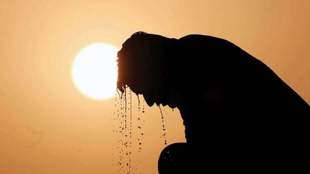 Foto - 2500 YILINDA DÜNYA CEHENNEME DÖNECEK - Çalışmalara göre 2100 yılına kadar dünya sıcaklığı 2.7 santigrat derece ısınacak.