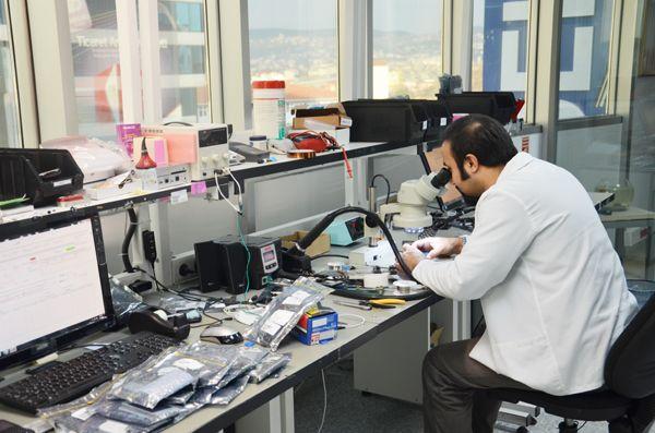 Foto - TEKNİK SERVİSLER - Servis hizmeti vermek üzere dışarıda olduklarını belgelemek şartı ile teknik servis çalışanları.