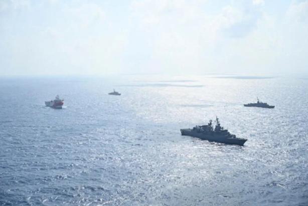 Foto - Oruç Reis sismik araştırma gemisinin, faaliyet yürüteceği alan için 12 Eylül'e kadar devam edecek yeni bir Navtex (Denizcilere Duyuru) ilan edilmişti.