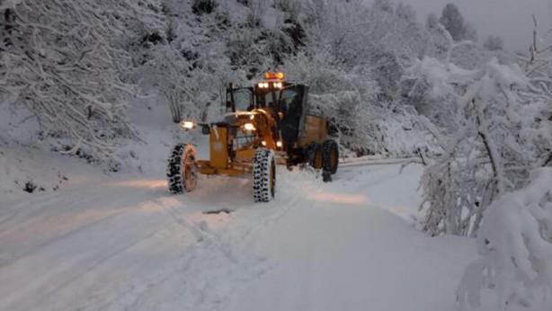 Foto - Cuma günü de kar yağışının yurdun büyük bir bölümünde etkisini sürdürmeye devam edeceği, bazı bölgelerde ise karla karışık yağmur ve sağanak yağış gözlenecek.