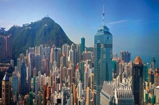 56 HONG KONG<br>Dindar bir insanım: 33%<br>Dindar değilim: 33%<br>Ateistim: 30%<br>Yanıt yok: 3%