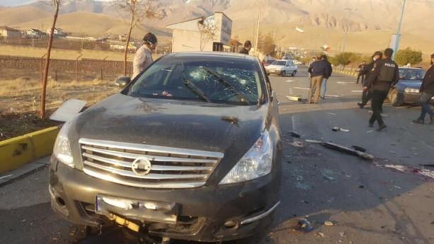 Foto - Nükleer fizikçi Fahrizade ve yanındaki korumaları, başkent Tahran yakınlarındaki Abserd kasabasında güpegündüz bombalı ve silahlı saldırıyla hedef alındı. Koronavirüs salgınıyla kasıp kavrulan ülkede şehirler arası seyahat yasakları nedeniyle yollar boştu ve hafta sonu tatilinin başladığı Cuma günü saldırganlar pusu kurdu.