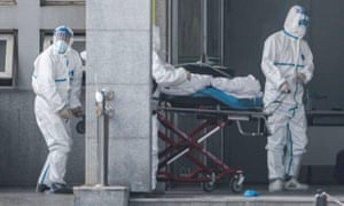 Foto - SARS: 2002-2003 yılları arasında Asya ve Kanada'da etkili olan Şiddetli akut solunum yolu sendromu (severe acute respiratory syndrome, SARS), şiddetli akut solunum yolu sendromu corona virüsün (SARS-CoV) neden olduğu bir solunum yolu sendromu. Kasım 2002 ve Temmuz 2003 tarihleri arasında Hong Kong'da başlayan SARS salgını neredeyse pandemik hale geldi ve dünya çapında 8422 vaka ile 916 ölüm görüldü. Dünya Sağlık Örgütü, ölüm oranını %10,9 olarak açıkladı. Sars etkeni haftalar içinde Hong Kong'dan 37 ülkeye yayıldı. Bugün itibarıyla SARS'ın yayılması tamamen önlenmiş durumda. Ancak, SARS hastalığının (çiçek hastalığı aksine) eradike edildiği iddia edilmemekte. Bazı hayvan popülasyonlarında hala doğal ana rezervuar olarak mevcut olabileceği ve gelecekte insanlarda tekrar hastalık yapabileceği düşünülüyor.