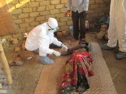 Foto - EBOLA: 2013-2016 yılları arasında Batı Afrika'da patlak veren Ebola salgını 11.300'den fazla ölüme yol açtı. Batı Afrika Ebola salgını, Aralık 2013'te Gine'de başladı, Liberya, Sierra Leona gibi Batı Afrika ülkelerine yayılan ve Haziran 2016'da sona eren salgın sonucunda virüs 28 bin 616 kişiye bulaştı. Bu salgın, hastalığa yakalanan kişi ve ölümler açısından tarihteki en ölümcül ebola salgını olarak kayıtlara geçti.