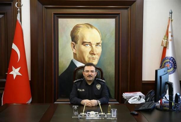 52449fe97f35b Emniyet Genel Müdürü Selami Altınok, kendisinin de giydiği yeni üniformayla  ilgili yaptığı açıklamada, yeni kıyafetleri tasarlarken 1994'ten bu yana ...