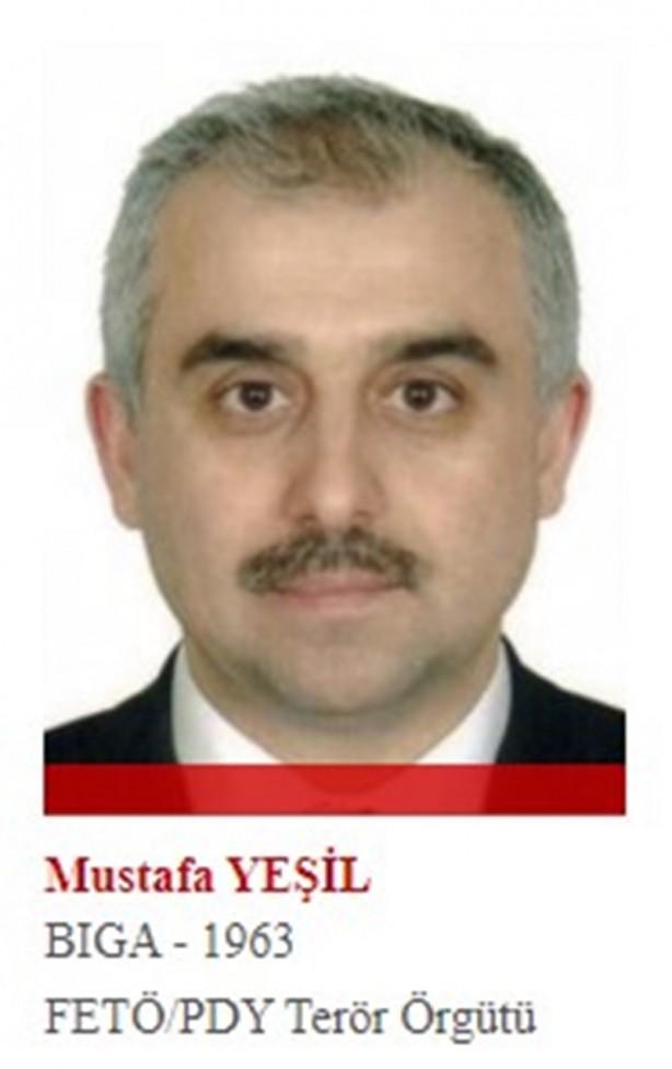 Foto - FETÖ'nün Antalya imamlığını 90-98 yılları arasında yürüten Yeşil, FETÖ'nün kurduğu Gazeteciler ve Yazarlar Vakfı'nın başkanlığını yaptı. 1 Aralık 2015'te istifa etti. Antalya merkezli operasyonda hakkında gözaltı kararı çıkarıldı ancak vatandaşlığı bulunan İngiltere'ye kaçtı.
