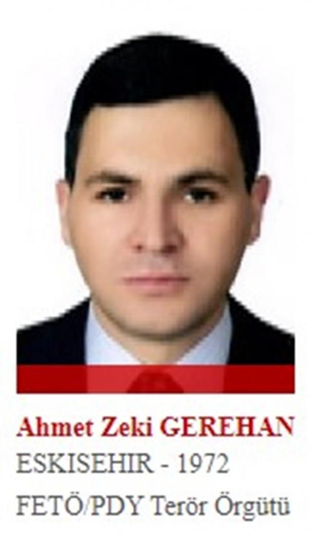Foto - Hain darbe girişiminde aktif rol alan eski albay Ahmet Zeki Gerehan, girişim başarısız olunca ortadan kaybolmuştu. Evinde yapılan aramalarda kamuflajının cebinden darbe planları çıkmıştı. Gerehan ayrıca, 15 Temmuz gecesi dönemin 1. Ordu Komutanı Ümit Dündar'ı gözaltına almak üzere bir tim görevlendirmişti.