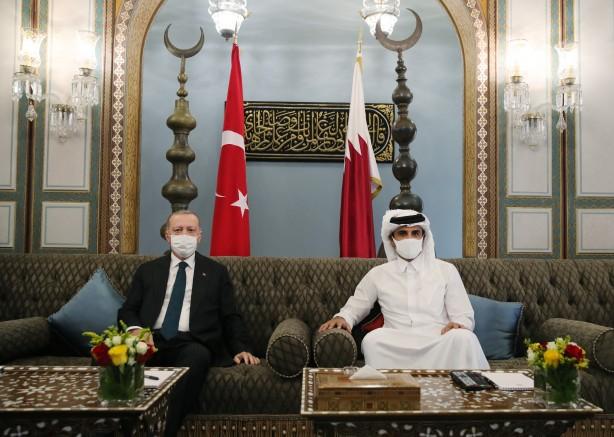 Foto - 60 KADAR ANLAŞMA Başkan Erdoğan'ın Doha ziyareti ile Katar Emiri Şeyh Temim bin Hamed Al Sani ile yaptığı görüşmelerin Ankara-Doha arasında artan güçlü ilişkilerin gölgesinde yapıldığını aktaran er-Raye Gazetesi, yapılan son ziyaretin,