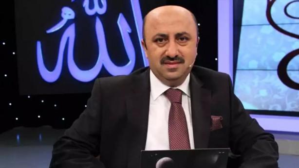 Foto - 3 Mayıs'ta, ilahiyatçı, yazar Ömer Döngeloğlu da aynı gün Kovid-19 nedeniyle 52 yaşında İstanbul'da vefat etti.