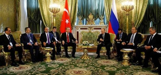 Foto - Cumhurbaşkanı Erdoğan, Rusya Devlet Başkanı Putin ile İdlib müzakereleri konusunda 5 Mart'ta Kremlin Sarayı'nda görüştü. Görüşmelerin ardından İdlib'de ateşkes kararı alındı.