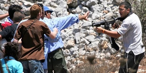 Filistinlilere rahatlık yok! Yahudi yerleşimci terörü azdı