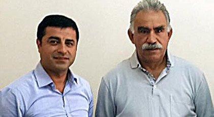 Foto - İNŞALLAH ÇIKAMAZLAR İnşallah tıkıldıkları delikten bir daha çıkamazlar. PKK'nın da HDP'nin de kökü kurusun. HDP, PKK demektir, beni bu hale getiren aynı zamanda HDP'dir