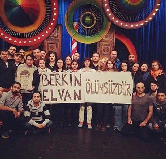 Foto - Halkın hür iradesiyle seçilen hükümeti devirmek için 2013 yılında ağaç bahanesiyle başlatılan Gezi Parkı kalkışmasında ölen Berkin Elvan, 5 yıl önce Güldür Güldür ekibi tarafından sahnede anılmıştı.