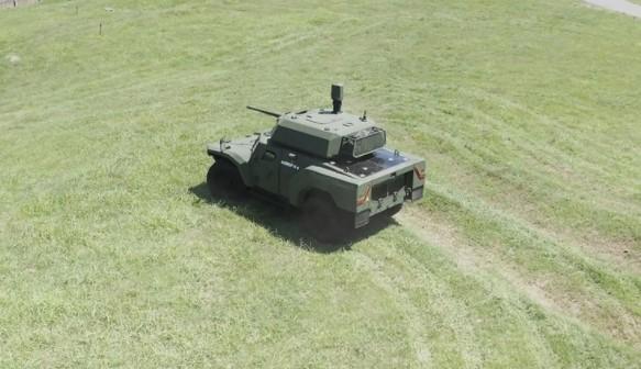 Foto - NATO ve Birleşmiş Milletlerin tedarikçisi olan Otokar'ın, savunma sanayisinde güncel beklenti ve gelecekteki tehditlere karşı bilgi birikimi ve yüksek teknolojiyi kullanarak geliştirdiği yeni nesil Akrep II, gelişmiş özellikleriyle modern orduların tüm beklentilerini karşılayacak. Otokar'ın zırhlı keşif ve silah platformu olarak tasarladığı Akrep II 4x4 yeni nesil zırhlı araç ailesi, düşük silueti ile orduların güncel ve gelecek ihtiyaçlarına cevap verebilmek için tasarlandı.