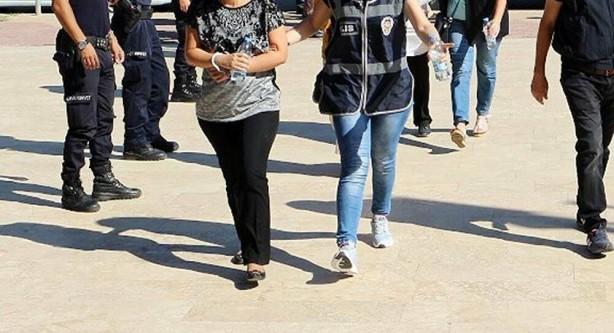 Foto - Sahte hakim tutuklandı, savcı kocası boşanma davası açtı Savcının şikayeti üzerine başlatılan soruşturmada Zeliha Özdemir, Sulh Ceza Hâkimliği'nce tutuklanarak cezaevine konuldu. Tunçer ise sahte kimlikli boşanma davası açtı. Özdemir hakkında,