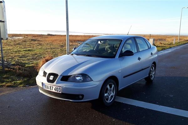 Foto - Seat Cordoba 2005 model