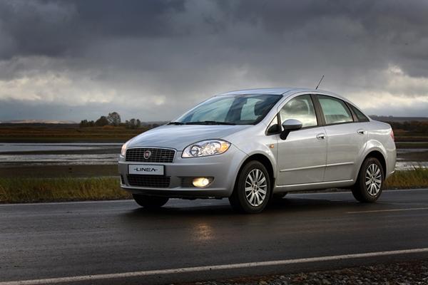 Foto - Fiat Linea 2011 model