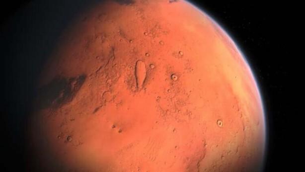 Foto - MARS TRAFİĞİ- Çin'in uzay bilimi konusundaki iddialı gündemi 2021'de de devam ediyor. İnsansız bir uzay roketi Şubat ayında Mars'a inecek. Tianwen-1, Mars'ta su ve yaşam belirtilerini arayacak. Tianwen-1, bu iş için kameralar, radar ve parçacık analizörleri dahil olmak üzere 13 cihaz kullanacak. Başarılı olması durumunda, ülkenin kızıl gezegendeki ilk keşfi olacak. Birleşik Arap Emirlikleri ve Amerika Birleşik Devletleri'nin gönderdiği uzay araçlarının da aynı zaman diliminde kızıl gezegene varması bekleniyor.