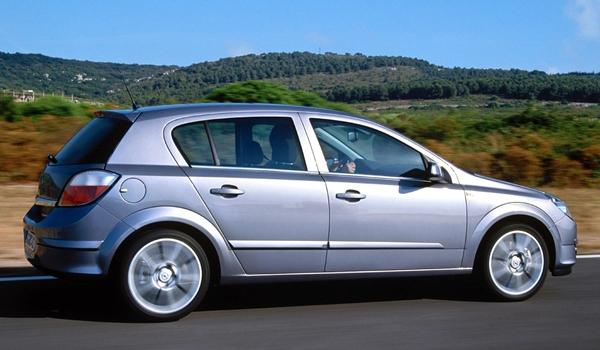 Foto - 2004 – 2006 model Opel Astra