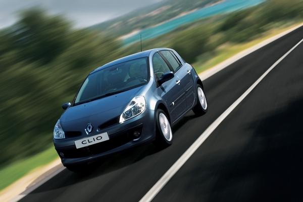 Foto - 2004 – 2005 model Renault Clio