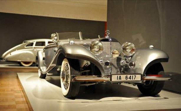 1937 Mercedes-Benz 540K Spezial Roadster - Fiyatı - $9,680,000