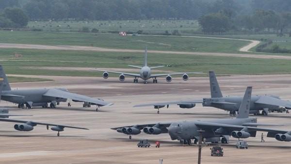Joe Biden'den ilk gözdağı! Bombardıman uçağı B-52'yi bölgeye gönderdi