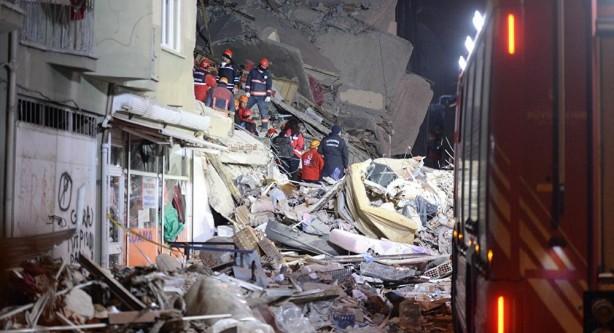 Foto - Türkiye'nin doğusunda Elazığ merkezli yaşanan 6.8 büyüklüğündeki deprem ve yaşanan can kayıpları ülke ve dünya gündeminde oldukça konuşulan olaylar arasında yer aldı. Depremde şimdiye kadar can kaybı 40 olarak açıklandı. Arama kurtarma çalışmaları hızla devam ederken, Elazığ ve çevre illerde binlerce bina kullanılamaz hale geldi. Ülkede depremzedelere yardım etmek için birçok sivil toplum örgütü adeta seferberlik ilan etti.