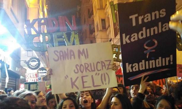 Foto - Öte yandan LGBT'liler, kadın dernekleriyle birlikte her ortamda boy göstererek İstanbul Sözleşmesi'ne destek veriyor...