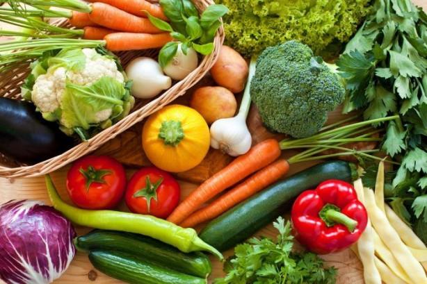 Kilo kontrolünde kan şekerini dengede tutan besinler önemli rol oynuyor. İşte beslenmenizde yer vermeniz gereken o besinler...