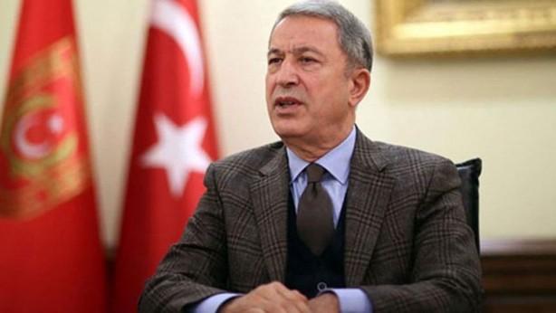 Foto - Milli Savunma Bakanı Hulusi Akar, beraberindeki TSK Komuta Kademesi ile 10. Tanker Üs Komutanlığı ziyareti sonrasında 12. Hava Ulaştırma Ana Üs Komutanlığı'nda incelemelerde bulundu.