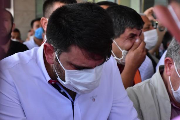 Foto - Tören sırasında belediye çalışanları ile vatandaşların gözyaşı döktüğü görüldü.